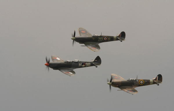 Supermarine Spitfire three-ship formation at Duxford Spitfire Day 2009