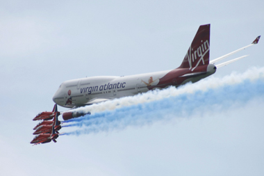 Boeing 747 flying with The Red Arrows at Biggin Hill International Air Fair 2009