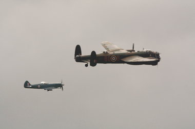 Spitfire PS915 and Lancaster PA474 at Lincolnshires Lancaster Association 2009