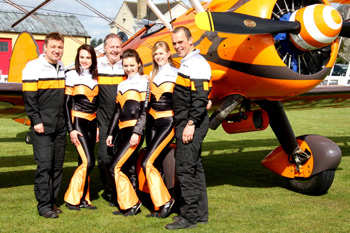 Breitling Team pilots - Martyn Carrington, Vic Norman, David Barrell and wing walking girls